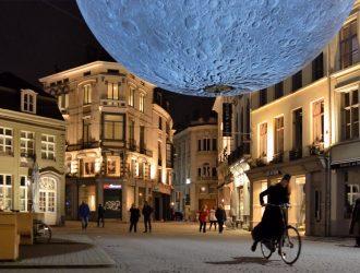 foto van lichtfestival Gent 2018 The Moon.